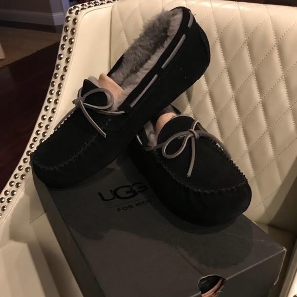417494b0e6a Ugg Men's Olsen Moccasin size 11, Black NWT